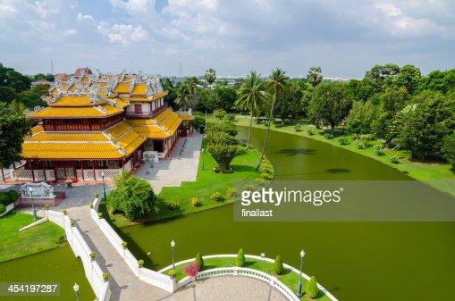 Royal Residence en Bang Pa-en Palace, Tailandia : Foto de stock