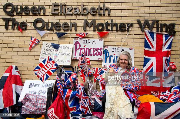 Royal well wishers wait outside the Lindo Wing of St Marys Hospital ahead of the Royal birth on April 22 2015 in London England