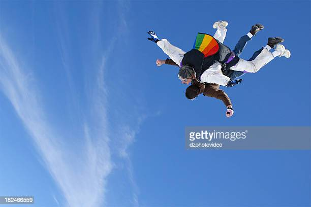 のロイヤリティフリーストックフォト。2 つの男性スカイダイビング