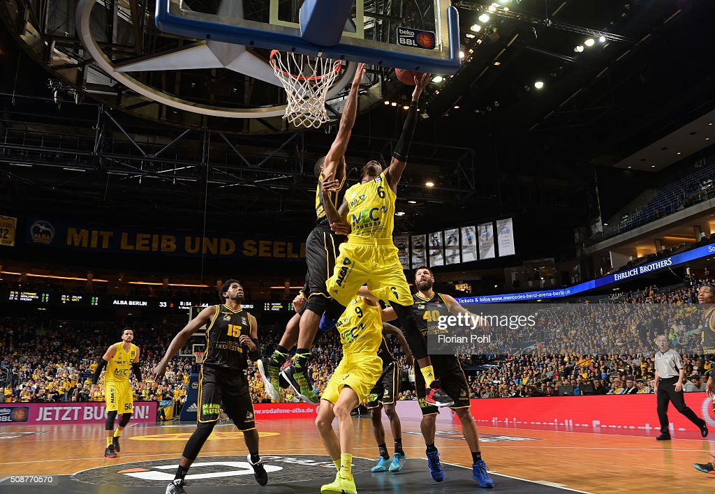 Royce O'Neale, Tekele Cotton of the MHP Riesen Ludwigsburg, Robert Lowery of ALBA Berlin and <a gi-track='captionPersonalityLinkClicked' href=/galleries/search?phrase=Jon+Brockman&family=editorial&specificpeople=835312 ng-click='$event.stopPropagation()'>Jon Brockman</a> of the MHP Riesen Ludwigsburg during the game between Alba Berlin and the MHP Riesen Ludwigsburg on february 6, 2016 in Berlin, Germany.