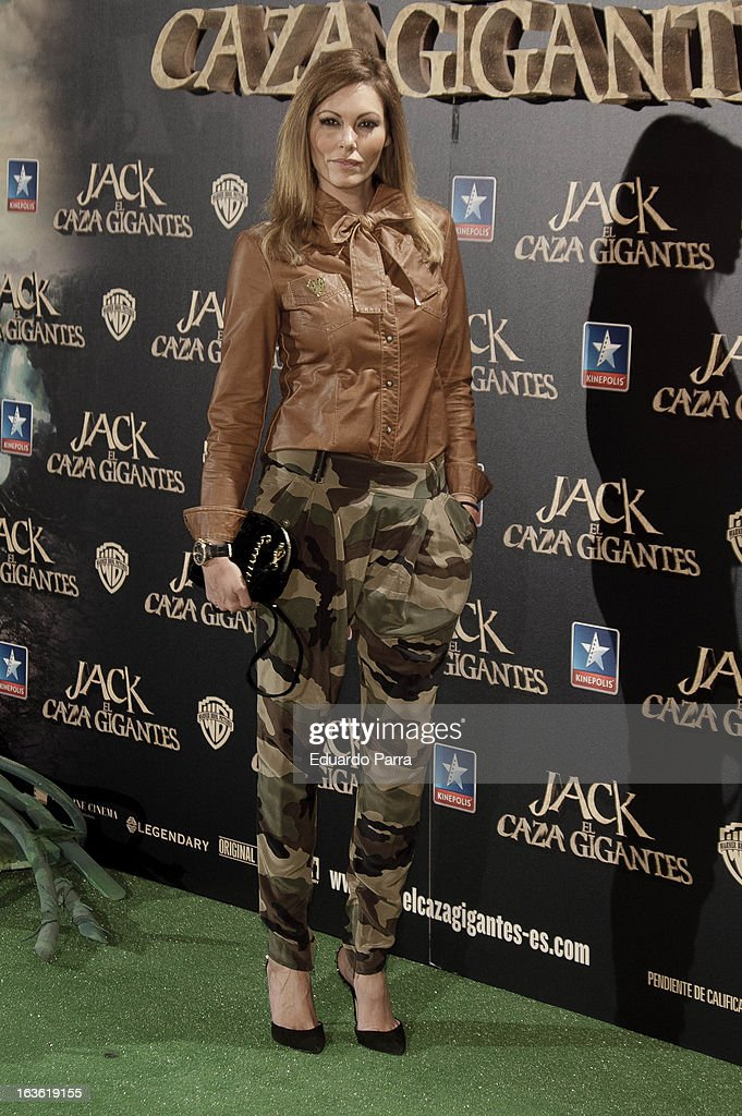 Rquel Rodriguez attends 'Jack el Caza Gigantes' premiere photocall at Kinepolis cinema on March 13, 2013 in Madrid, Spain.
