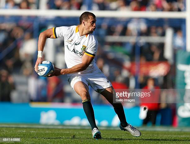 Ruan Pienaar of South Africa passes the ball during the International Test match between Argentina and South Africa at José Amalfitani Stadium on...