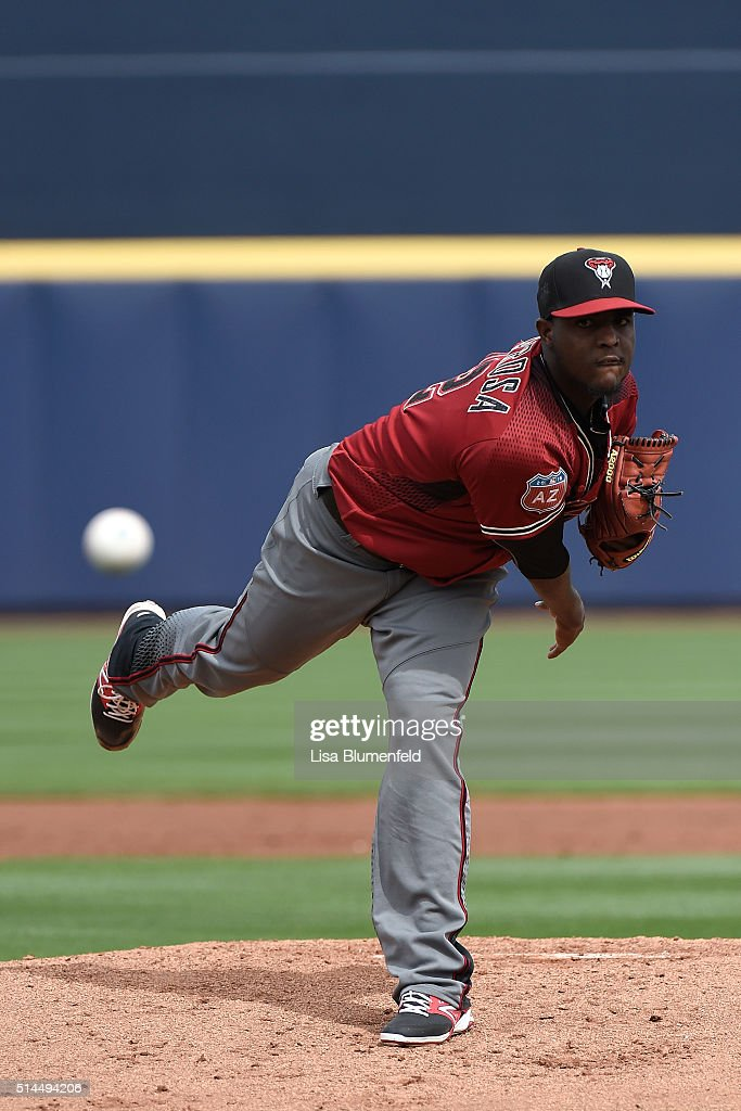 Rubby De La Rosa of the Arizona Diamondbacks pitches against the Seattle Mariners during a spring training game at Peoria Stadium on March 7 2016 in...