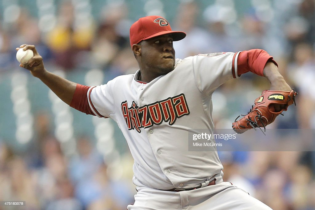 Rubby De La Rosa of the Arizona Diamondbacks pitches during the first inning against the Milwaukee Brewers at Miller Park on May 29 2015 in Milwaukee...