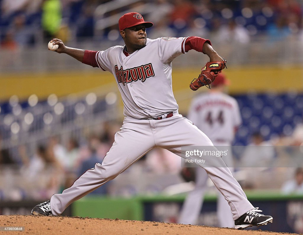 Rubby De La Rosa of the Arizona Diamondbacks pitches during the third inning of the game against the Miami Marlins at Marlins Park on May 18 2015 in...