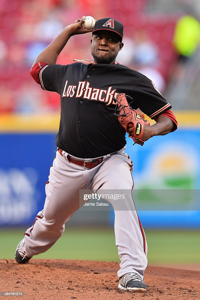 Rubby De La Rosa of the Arizona Diamondbacks pitches in the first inning against the Cincinnati Reds at Great American Ball Park on August 21 2015 in...