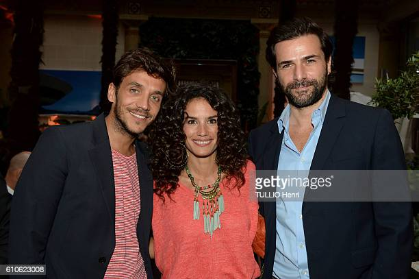 Ruben Alves Barbara Cabrita and Gregory Fitoussi pose for Paris Match in the brazilian party at the Hotel Prince de Galles on june 29 2016 in Paris...