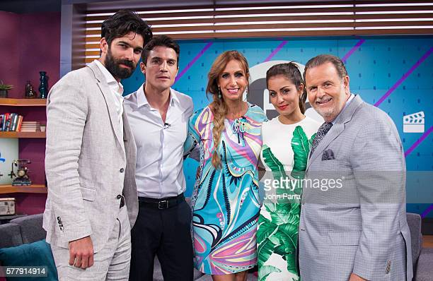 Ruben Cortada Hiba Abouk Alex Gonzalez Lily Estefan and Raul de Molina on the set of Univision's 'El Gordo y la Flaca' to promote El Principe at...