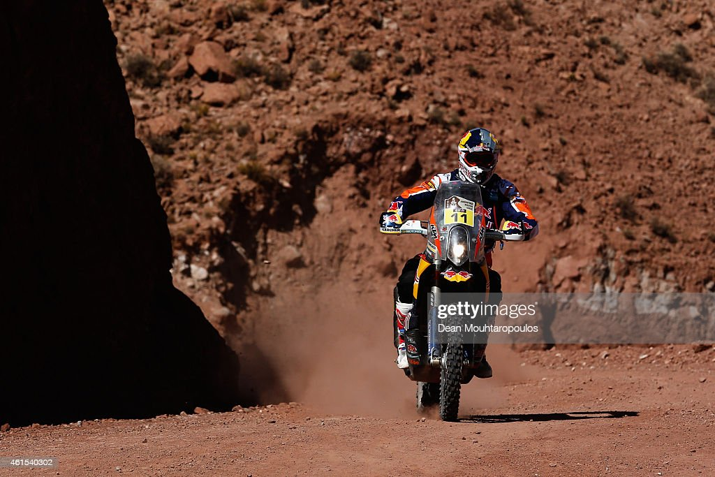 <a gi-track='captionPersonalityLinkClicked' href=/galleries/search?phrase=Ruben+Faria&family=editorial&specificpeople=2092898 ng-click='$event.stopPropagation()'>Ruben Faria</a> of Portugal and riding the for the Red Bull KTM Factory Team competes near the Salinas Grandes during Stage 10 on day 11 of the Dakar Rallly between Calama and Cachi on January 13, 2015 near San Salvador de Jujuy, Argentina.
