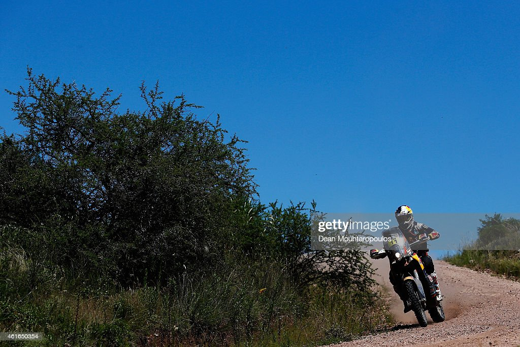 <a gi-track='captionPersonalityLinkClicked' href=/galleries/search?phrase=Ruben+Faria&family=editorial&specificpeople=2092898 ng-click='$event.stopPropagation()'>Ruben Faria</a> of Portugal and riding the for the Red Bull KTM Factory Team competes during Stage 12 on day 13 of the Dakar Rally between Termas de Rio Hondo and Rosario on January 16, 2015 near Cordoba, Argentina.