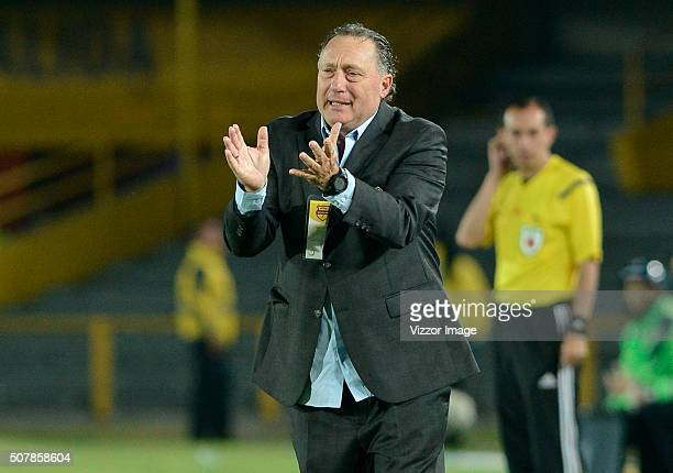 Ruben Israel coach of Millonarios gestures during a match between Millonarios and Patriotas FC as part of Liga Aguila I 2016 at Nemesio Camacho El...