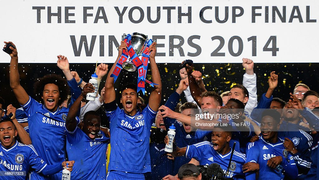 Ruben Loftus Cheek of Chelsea celebrates with the trophy and his team mates during the FA Youth Cup Final Second Leg match between Chelsea U18 and...