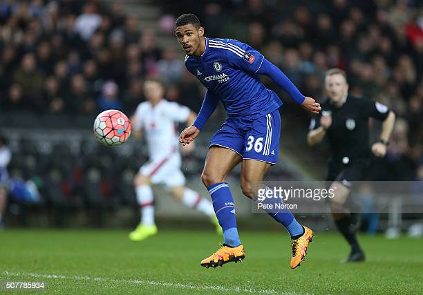 Ruben LoftusCheek of Chelsea in action during The Emirates FA Cup Fourth Round match between Milton Keynes Dons and Chelsea at Stadium mk on January...