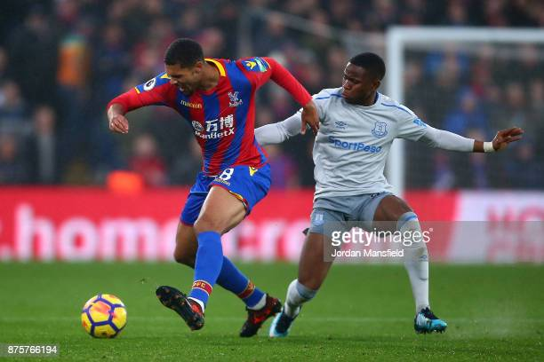 Ruben LoftusCheek of Crystal Palace controls the ball under pressure of Ademola Lookman of Everton during the Premier League match between Crystal...
