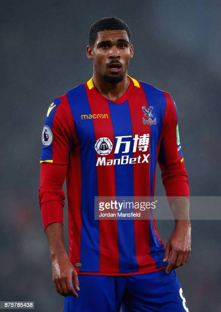 Ruben LoftusCheek of Crystal Palace in action during the Premier League match between Crystal Palace and Everton at Selhurst Park on November 18 2017...
