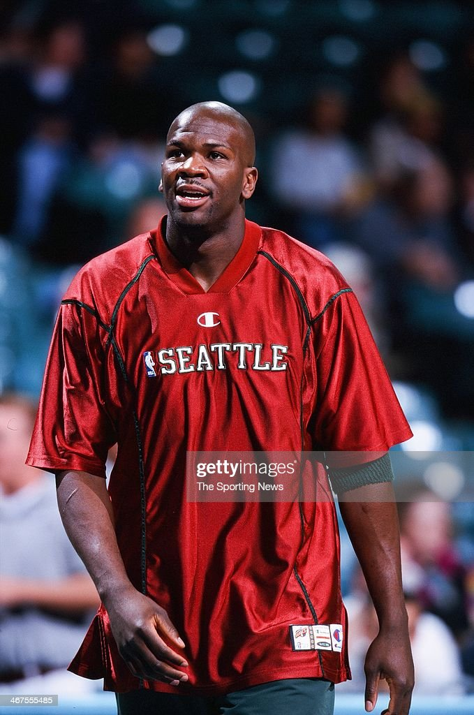Ruben Patterson of the Seattle Supersonics during the game against the Charlotte Hornets on November 9, 2000 at Charlotte Coliseum in Charlotte, North Carolina.