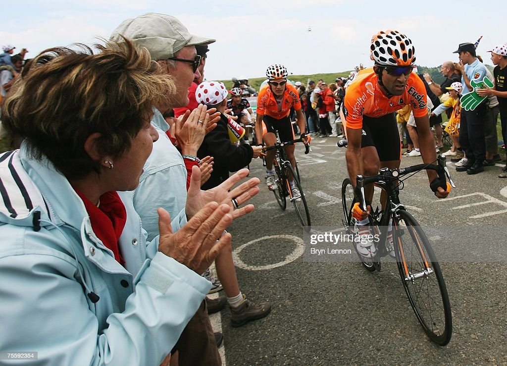 Ruben Perez of Spain and EuskaltelEuskadi in action during stage 14 of the 2007 Tour de France from Mazamet to Plateau de Beille on July 22 2007 in...