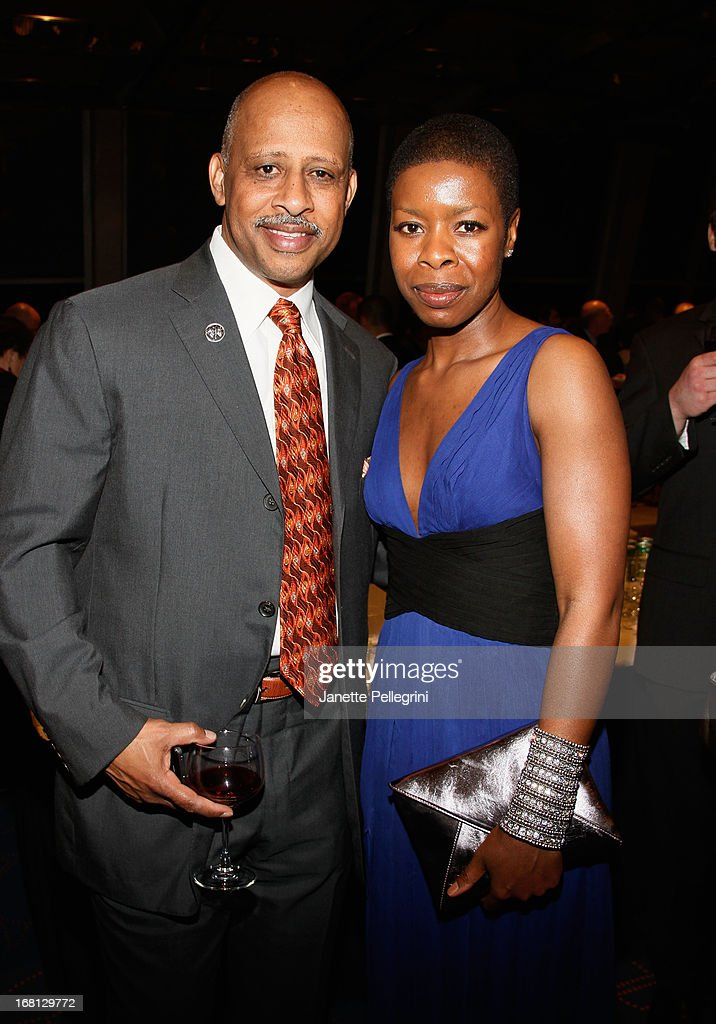Ruben Santiago-Hudson and Roslyn Ruff attend the 28th Annual Lucille Lortel Awards After Party on May 5, 2013 in New York City.