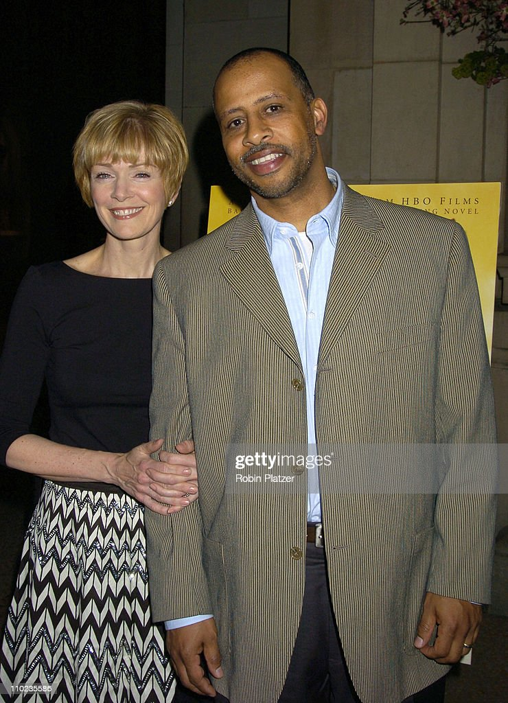 Ruben SantiagoHudson and wife during HBO Films 'Empire Falls' New York City Premiere at Metropolitan Museum of Art in New York City New York United...