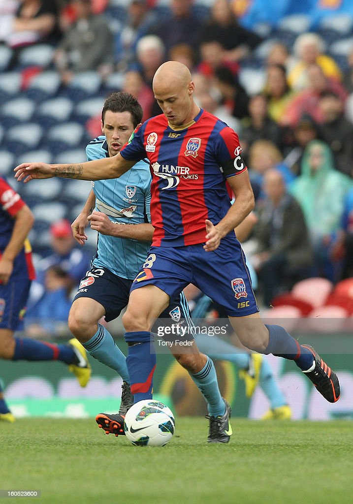 Ruben Zadkovich of the Jets controls the ball during the round 19 A-League match between the Newcastle Jets and Sydney FC at Hunter Stadium on February 2, 2013 in Newcastle, Australia.