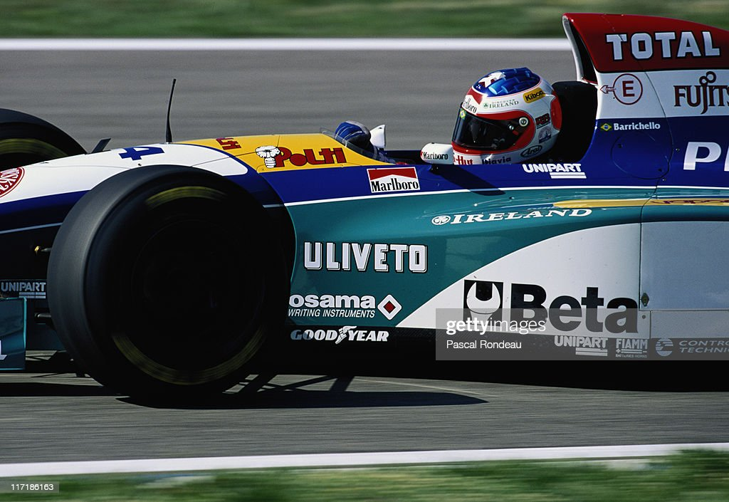 Rubens Barrichello drives the #14 Total Jordan Peugeot Jordan 195 Peugeot 3.0 V10 during the Marlboro Grand Prix of Spain on 14th May 1995 on the Circuit de Catalunya in Barcelona, Spain..