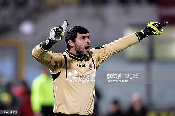 Rubens Fernando Rubinho of AS Livorno Calcio gestures during the Serie A match between Livorno and Juventus at Stadio Armando Picchi on February 6...
