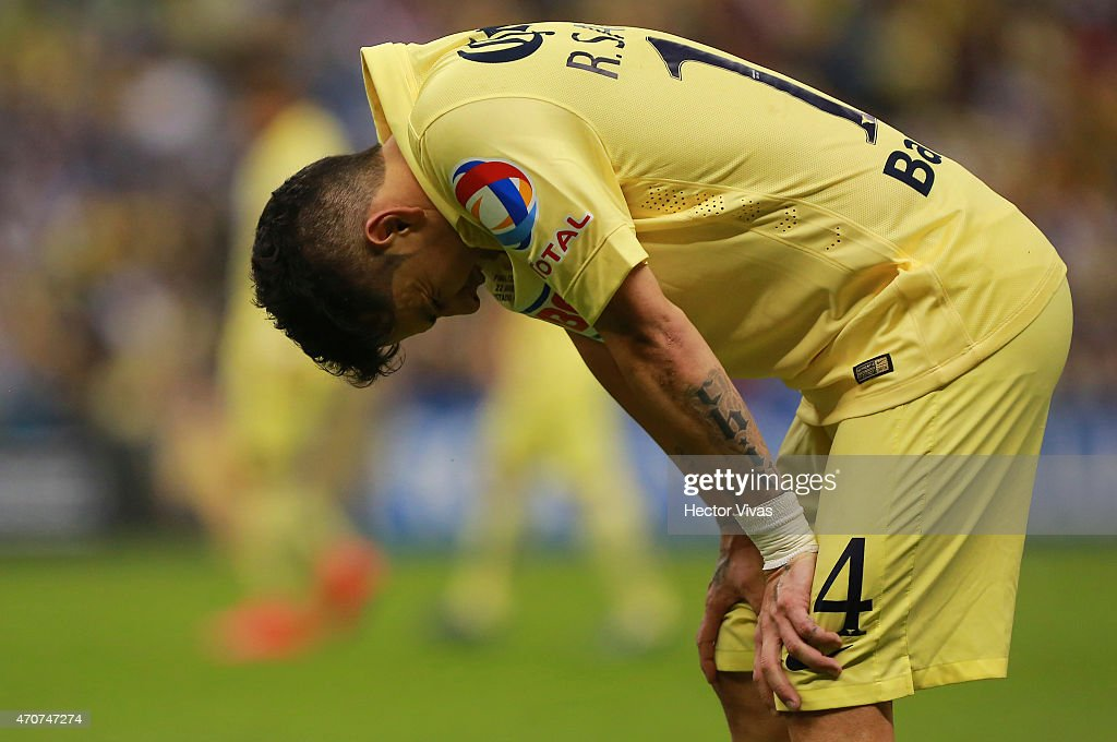 Rubens Sambueza of America reacts during a Championship first leg match between America and Montreal Impact as part of CONCACAF Champions League 2014 - 2015 at Azteca Stadium, on April 22, 2015 in Mexico City, Mexico.