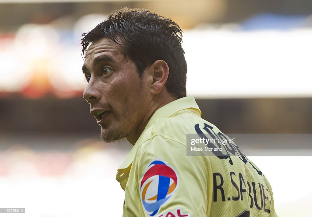 Rubens Sambueza reacts during a match between America and Tijuana as part of 2nd round Apertura 2014 Liga MX at Azteca Stadium on July 26, 2014 in Mexico City, Mexico.