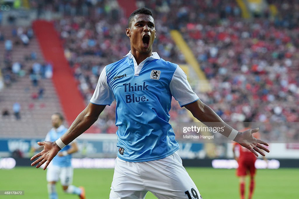 Rubin Okotie of 1860 Muenchen celebrates after scoring his team's second goal during the Second Bundesliga match between 1 FC Kaiserslautern and TSV...