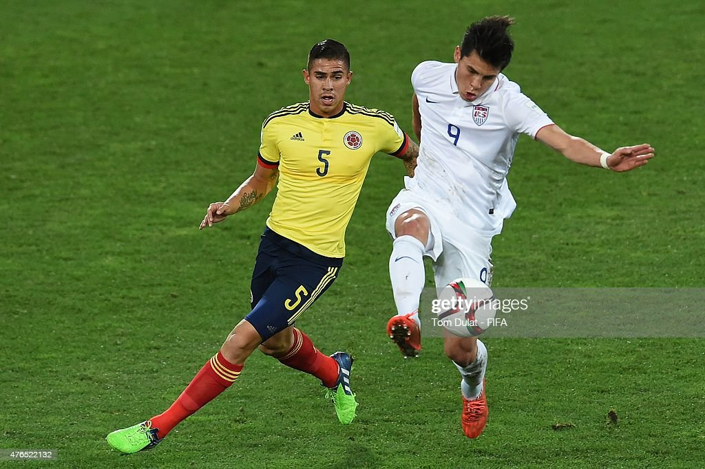 Rubio Rubin of USA and Juan Quintero of Colombia in action during the FIFA U20 World Cup New Zealand 2015 Round of 16 match between USA and Colombia...