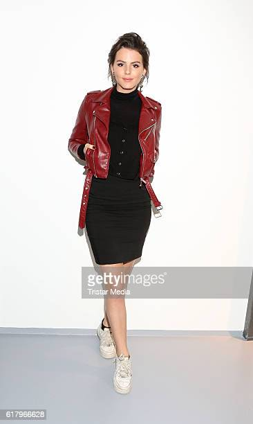Ruby O Fee attends the 'Sechs auf einen Streich' photo call on October 25 2016 in Hamburg Germany