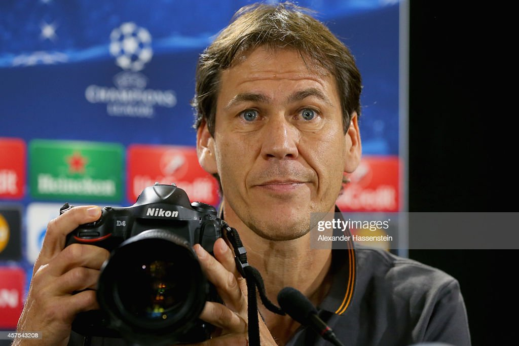 <a gi-track='captionPersonalityLinkClicked' href=/galleries/search?phrase=Rudi+Garcia&family=editorial&specificpeople=4444731 ng-click='$event.stopPropagation()'>Rudi Garcia</a>, head coach of Roma takes pictures during a AS Roma press conference prior to their UEFA Champions League match against FC Bayern Muenchen at Romas training ground Fulvio Bernardini, Piazzale Dino Viola on October 20, 2014 in Rome, Italy.