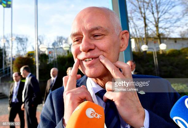 Rudolf Mueller lead candidate of the rightwing populist Alternative for Germany speaks to the press after initial elections results gave the SPD a...