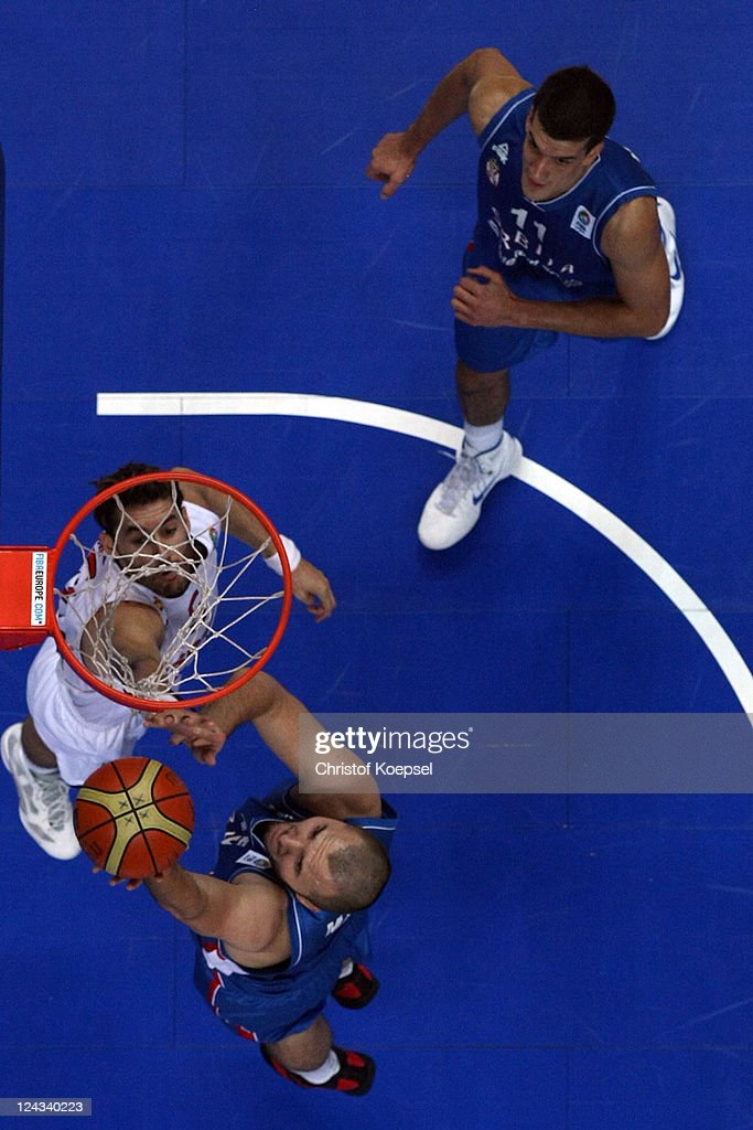 Rudy Fernandez of Spain defends against Dusko Savanovic of Serbia the EuroBasket 2011 second round group E match between Spain and Serbia at Siemens...
