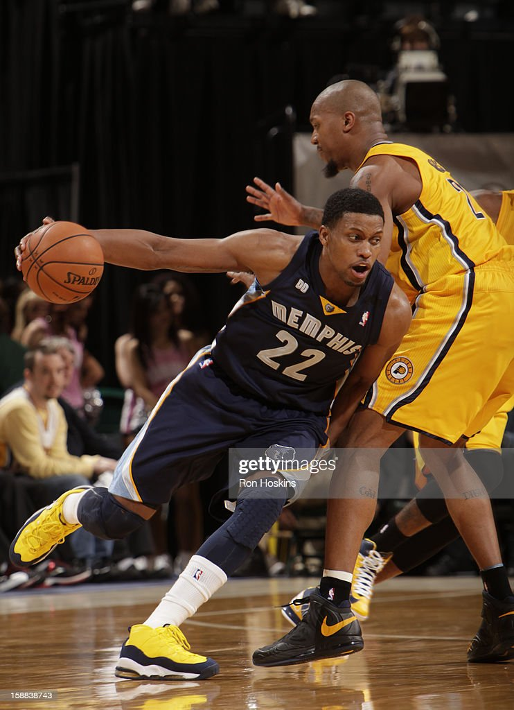 Rudy Gay #22 of the Memphis Grizzlies drives to the basket against the Indiana Pacers on December 31, 2012 at Bankers Life Fieldhouse in Indianapolis, Indiana.