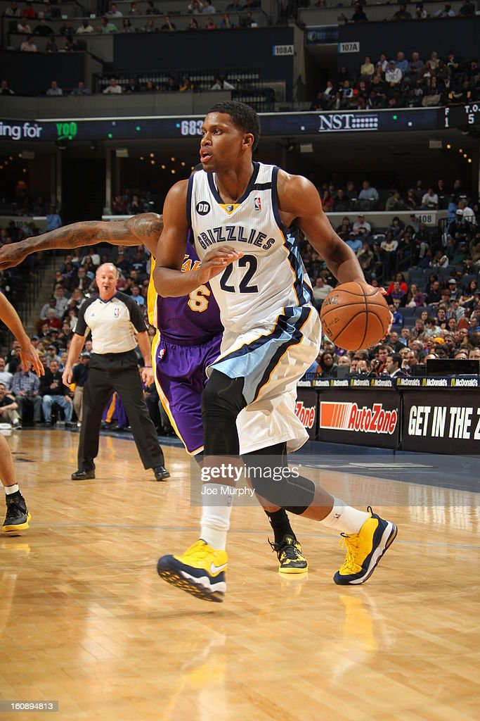 <a gi-track='captionPersonalityLinkClicked' href=/galleries/search?phrase=Rudy+Gay&family=editorial&specificpeople=236066 ng-click='$event.stopPropagation()'>Rudy Gay</a> #22 of the Memphis Grizzlies drives to the basket against the Los Angeles Lakers on January 23, 2013 at FedExForum in Memphis, Tennessee.