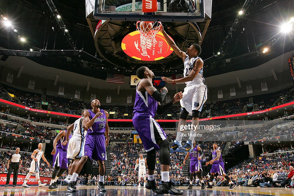 <a gi-track='captionPersonalityLinkClicked' href=/galleries/search?phrase=Rudy+Gay&family=editorial&specificpeople=236066 ng-click='$event.stopPropagation()'>Rudy Gay</a> #22 of the Memphis Grizzlies dunks against the Sacramento Kings on January 18, 2013 at FedExForum in Memphis, Tennessee.