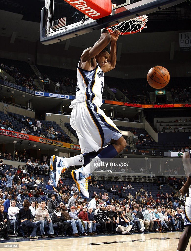 Rudy Gay #22 of the Memphis Grizzlies dunks the ball in a game against the Minnesota Timberwolves on January 15, 2010 at FedExForum in Memphis, Tennessee.