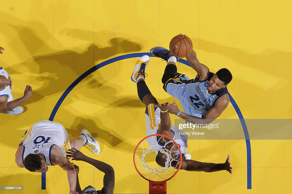 <a gi-track='captionPersonalityLinkClicked' href=/galleries/search?phrase=Rudy+Gay&family=editorial&specificpeople=236066 ng-click='$event.stopPropagation()'>Rudy Gay</a> #22 of the Memphis Grizzlies shoots against <a gi-track='captionPersonalityLinkClicked' href=/galleries/search?phrase=Carl+Landry&family=editorial&specificpeople=4111952 ng-click='$event.stopPropagation()'>Carl Landry</a> #7 of the Golden State Warriors on January 9, 2013 at Oracle Arena in Oakland, California.