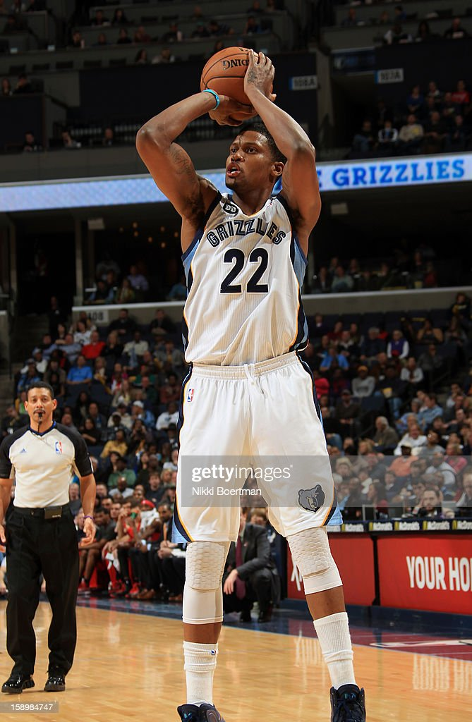 Rudy Gay #22 of the Memphis Grizzlies shoots against the Portland Trail Blazers on January 4, 2013 at FedExForum in Memphis, Tennessee.