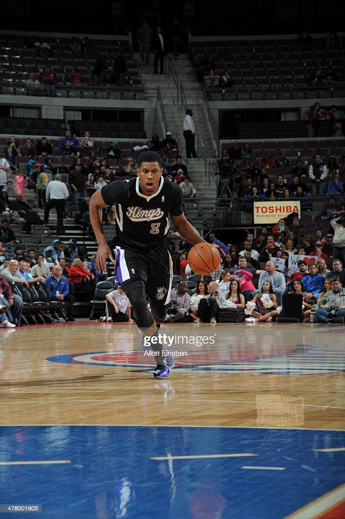 <a gi-track='captionPersonalityLinkClicked' href=/galleries/search?phrase=Rudy+Gay&family=editorial&specificpeople=236066 ng-click='$event.stopPropagation()'>Rudy Gay</a> #8 of the Sacramento Kings dribbles up the court against the Detroit Pistons during the game on March 11, 2014 at The Palace of Auburn Hills in Auburn Hills, Michigan.