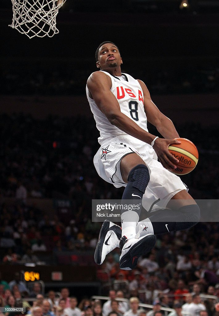 <a gi-track='captionPersonalityLinkClicked' href=/galleries/search?phrase=Rudy+Gay&family=editorial&specificpeople=236066 ng-click='$event.stopPropagation()'>Rudy Gay</a> #8 of the United States goes up for the dunk against France during their exhibition game as part of the World Basketball Festival at Madison Square Garden on August 15, 2010 in New York City.