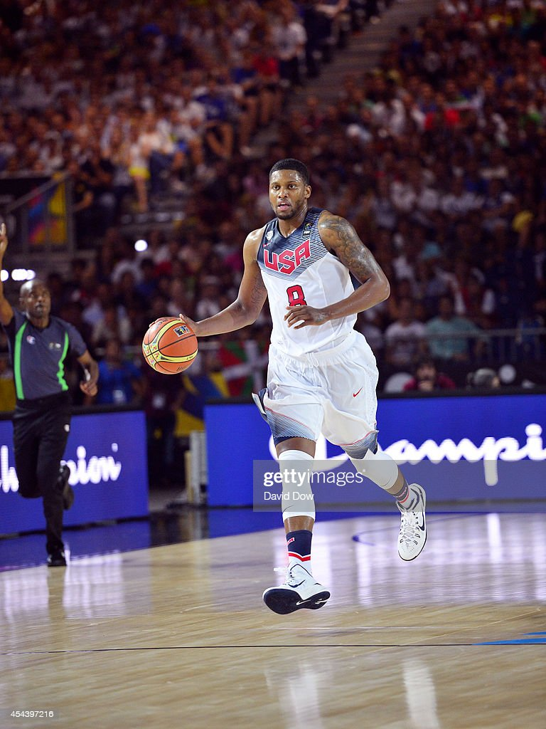<a gi-track='captionPersonalityLinkClicked' href=/galleries/search?phrase=Rudy+Gay&family=editorial&specificpeople=236066 ng-click='$event.stopPropagation()'>Rudy Gay</a> #8 of the USA Basketball Men's National Team brings the ball downcourt during a game against the Finland Nation Basketball Team during the FIBA 2014 World Cup Tournament at the Bilbao Exhibition Center on August 30, 2014 in Bilbao, Spain.