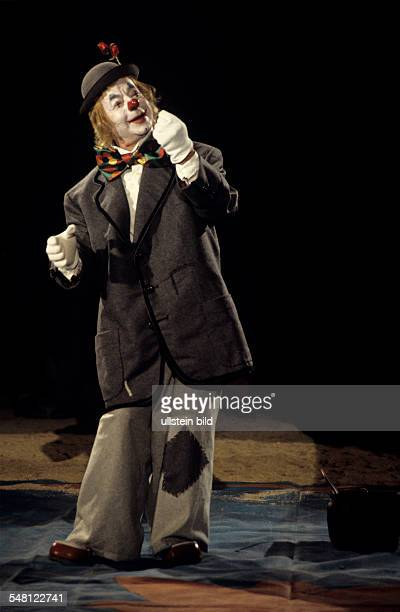 Ruehmann Heinz Actor Germany disguised as a clown