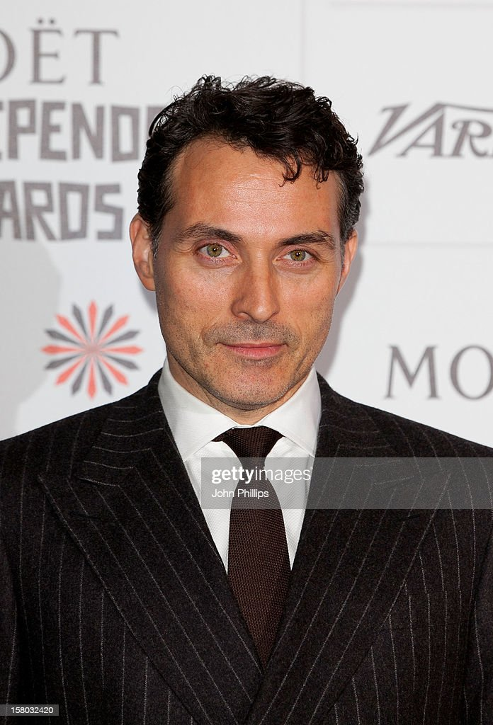 <a gi-track='captionPersonalityLinkClicked' href=/galleries/search?phrase=Rufus+Sewell&family=editorial&specificpeople=558279 ng-click='$event.stopPropagation()'>Rufus Sewell</a> attends the British Independent Film Awards at Old Billingsgate Market on December 9, 2012 in London, England.