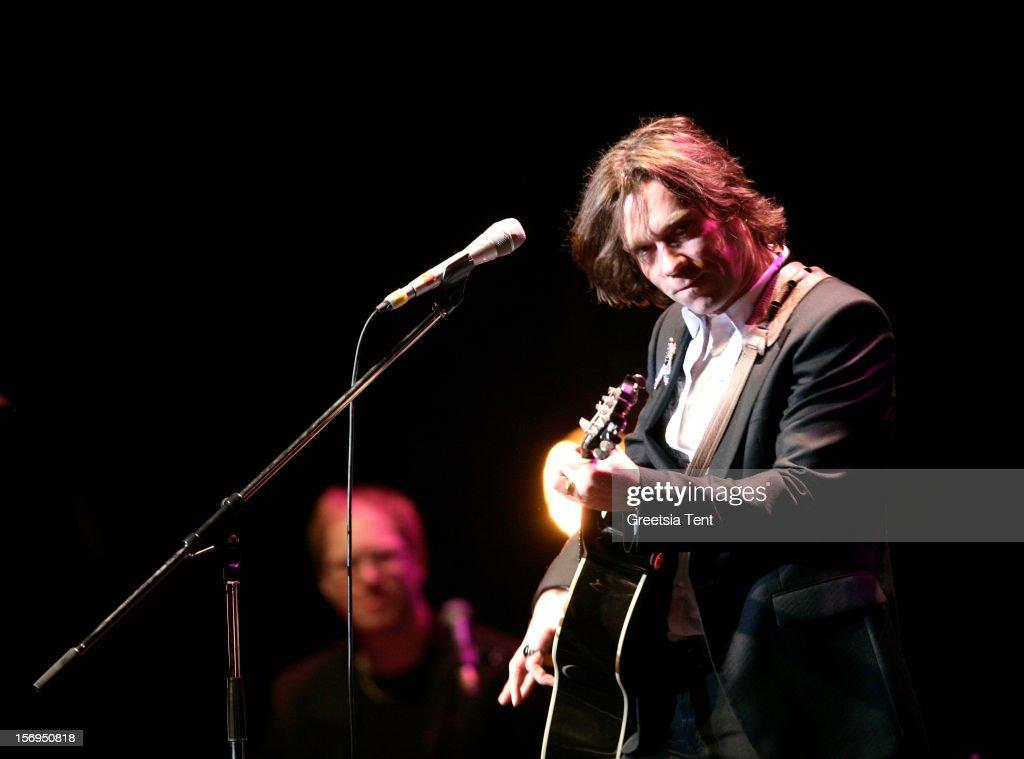 Rufus Wainwright performs at the Heineken Music Hall on November 25, 2012 in Amsterdam, Netherlands.