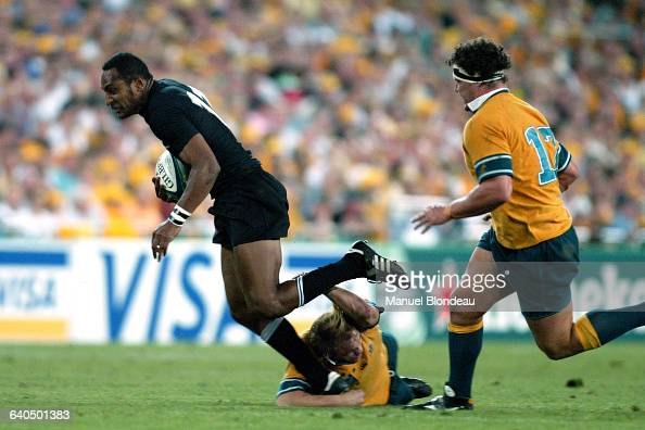 Australia vs New Zealand Joe Rokocoko with Australians Phil Waugh and Al Baxter Rugby Coupe du Monde 2003 Demifinale Australie contre...