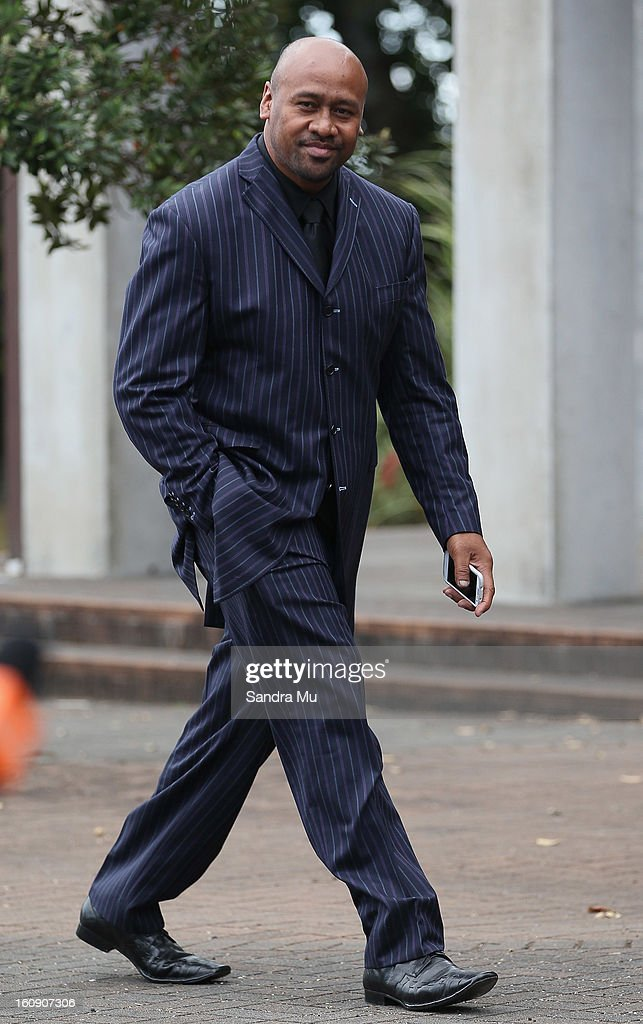 Rugby great <a gi-track='captionPersonalityLinkClicked' href=/galleries/search?phrase=Jonah+Lomu&family=editorial&specificpeople=204592 ng-click='$event.stopPropagation()'>Jonah Lomu</a> arrives at Auckland Cathedral of the Holy Trinity in Parnell on February 8, 2013 in Auckland, New Zealand. Hundreds gathered to pay their respects to Sir Paul Homes who passed away last Friday after losing his battle with prostate cancer. Holmes' broadcasting career spanned over 40 years on radio and television in New Zealand, Australia, Netherlands and the UK.