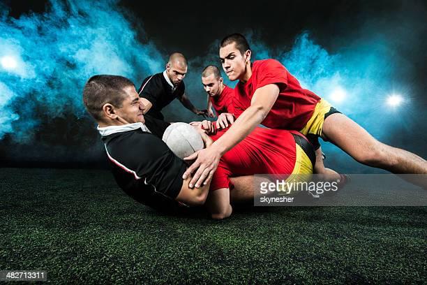 Rugby-Spieler in Aktion.