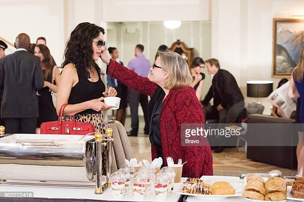GIRLFRIENDS' GUIDE TO DIVORCE 'Rule Beware of the Second Chance' Episode 206 Pictured Lisa Edelstein as Abby McCarthy Carrie Fisher as Cat
